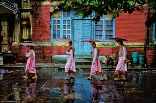 MYANMAR (Burma). Yangon (Rangoon). 1994. Procession of nuns.